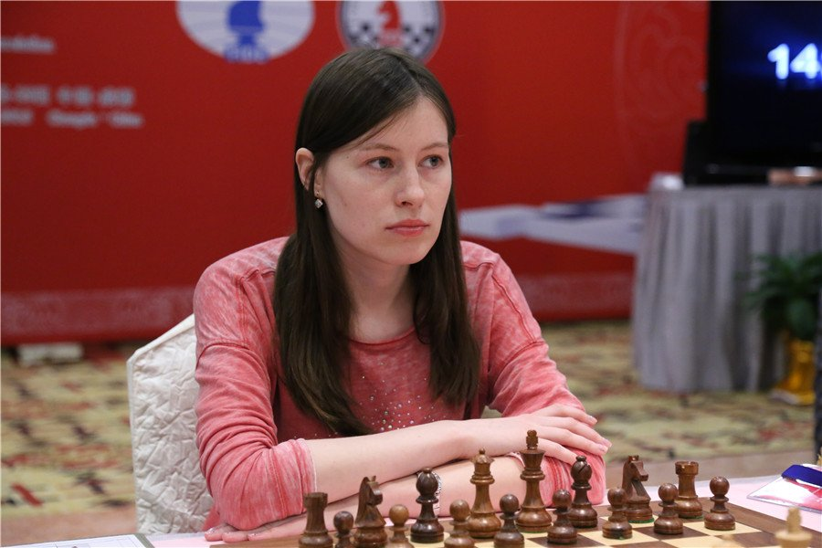 WGM Pogonina scored one of the 2 wins for the Russians as they beat Ukraine 2.5-1.5.