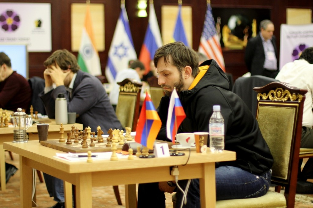 GMs Grischuk and Karjakin in action during their match against Armenia. Armenia beat Russia 2.5-1.5. (Pic Source: http://wtcc2015.am/?lang=en)